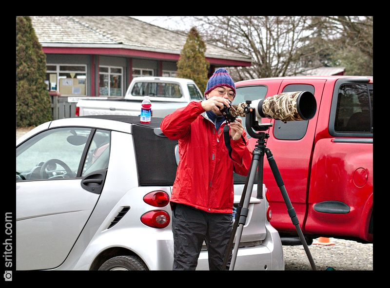 Between the cameras, the lenses,... What is more expensive, the photography gear or the car?